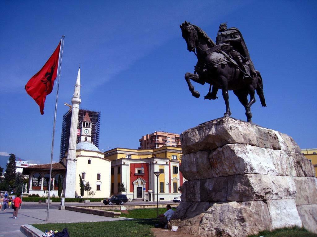 Arnavutluk Yurtdışı Kargo Gönderimi - Evrak | Koli | Numune